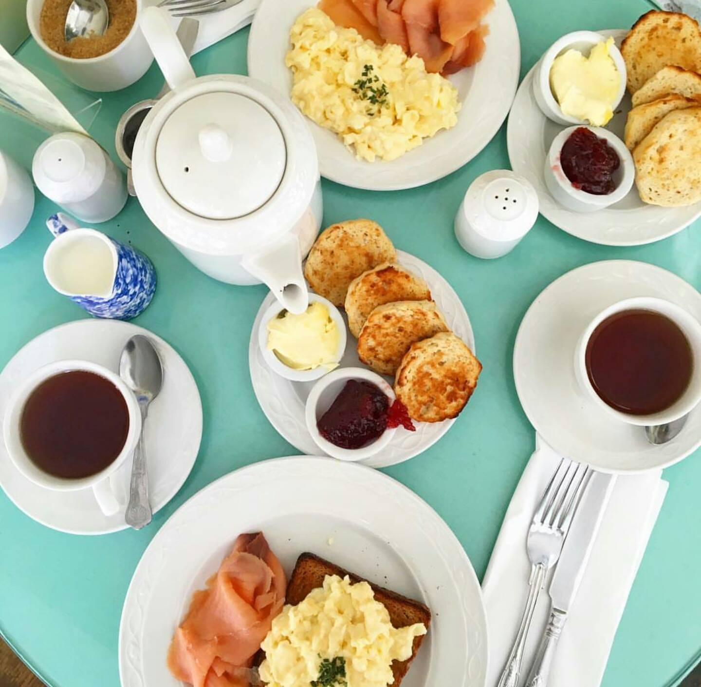 Bi Türk Kahvaltısı Değil Ama - The Muffin Man Tea Shop