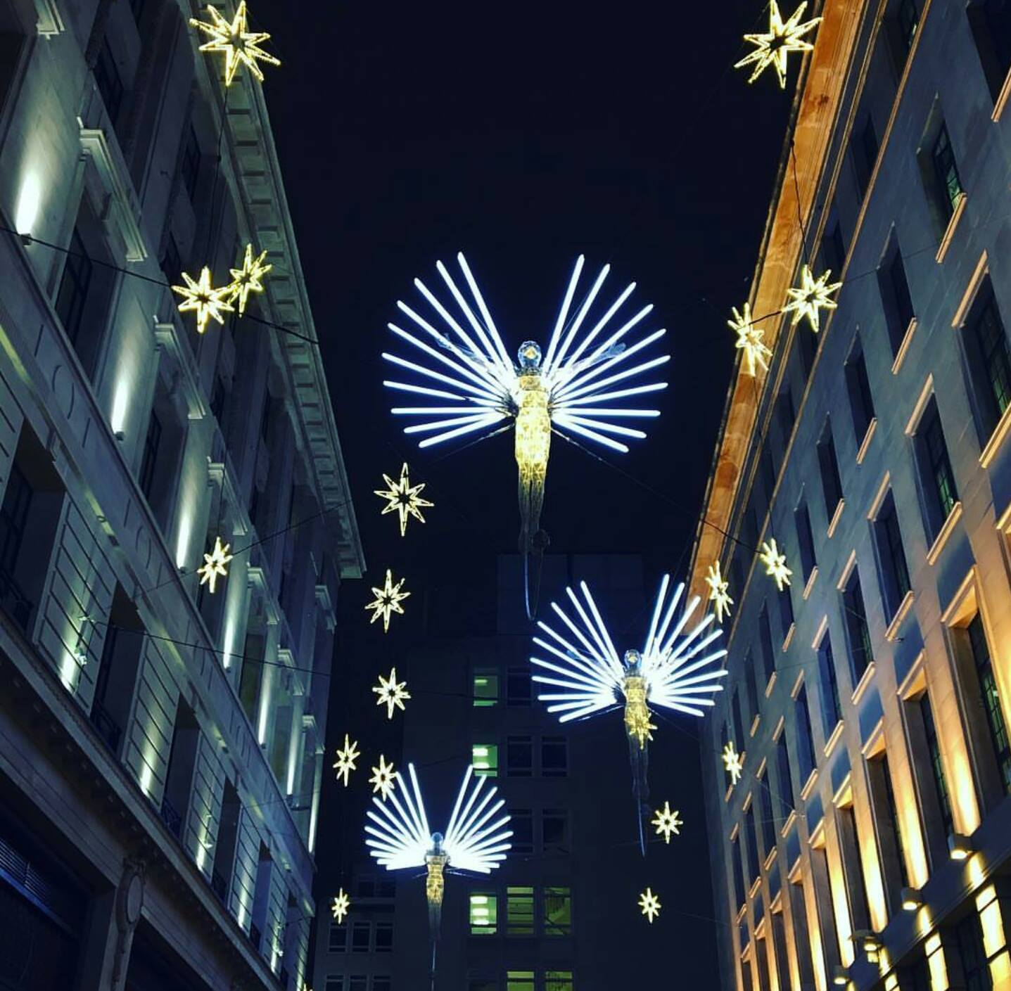 Oxford Caddesi'nde Noel