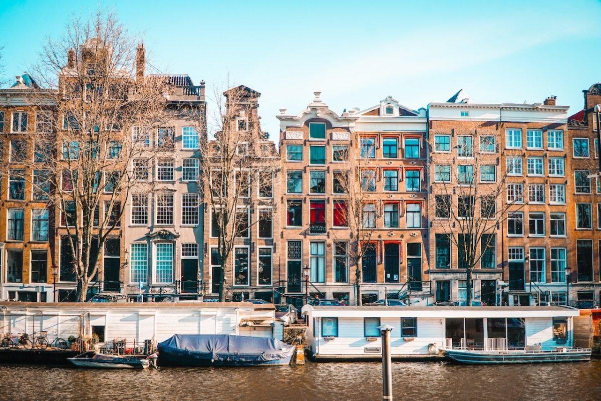 Amsterdam'da İş Bulma Rehberi